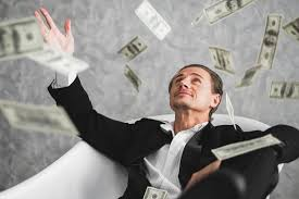 В мире на 10% возросло число очень богатых людей