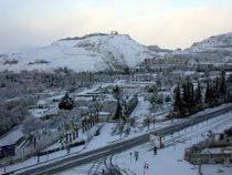 В столице Сирии Дамаске неожиданно выпал снег