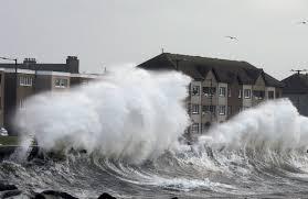 Сильный шторм вызвал наводнения в Великобритании