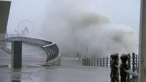 Сильнейший шторм «Деннис» обрушился наЕвропу