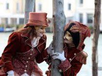 Власти Италии  решили из-за коронавируса свернуть Венецианский карнавал