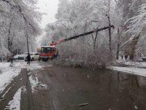 Непогода в Бишкеке продержится до вечера