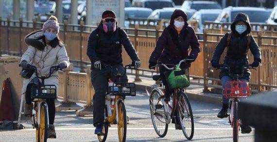Эксперт заявил, что пик вспышки коронавируса в Китае пройден