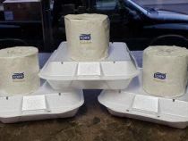 Заказав в ресторане еду навынос, клиенты получают ещё и рулон туалетной бумаги