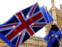 Власти Великобритании внезапно перешли к жёстким мерам по борьбе с коронавирусом