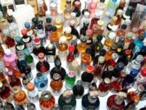 В США разрешили доставлять алкоголь сидящим на карантине