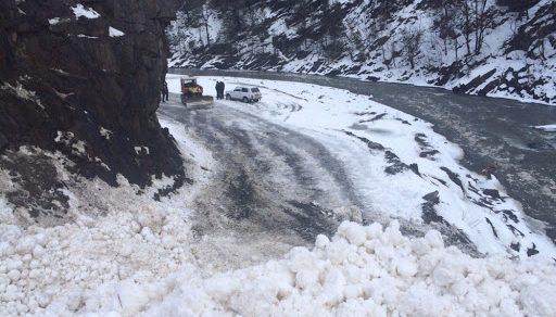 В Чаткальском районе за сутки сошли две снежные лавины