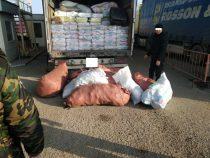 Кыргызстанец хотел вывезти из страны 100 тысяч масок