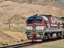 В Московском районе поезд столкнулся с маршруткой. Погибла женщина