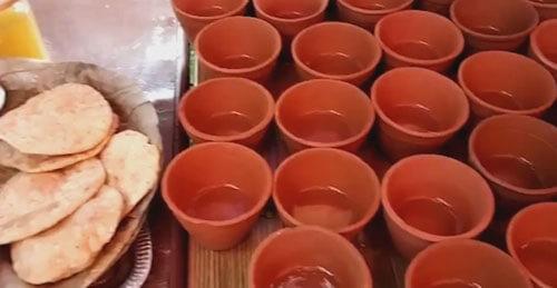Верующие организовали необычный праздник с весьма оригинальными напитками