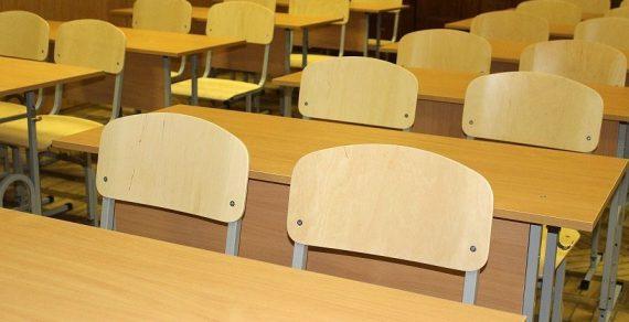 Продлевать на лето занятия школьников и студентов не будут