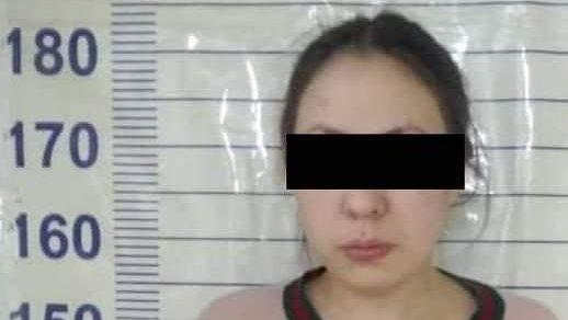Бишкекчанка не захотела платить за проезд в такси, и угнала машину