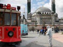 Турция прекратила авиасообщение с другими странами