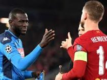 УЕФА отменил рукопожатие футболистов перед матчами из-за коронавируса