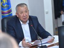 Кубатбек Боронов предложил продлить режимы ЧС и ЧП