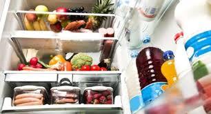 Названы напитки, которые нужно хранить в холодильнике