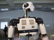 В Колумбии для доставки еды задействовали роботов