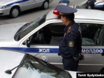 В Бишкеке водитель сбил инспектора Патрульной службы милиции