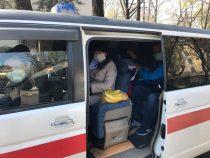Две бригады медиков выехали из Бишкека в Нарынскую и Ошскую области
