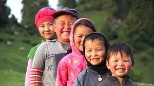 В Кыргызстане проживают более двух миллионов детей