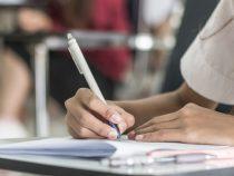 Переводные экзамены в школах страны в этом году отменяются