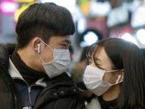 На улицах Пекина можно ходить без маски