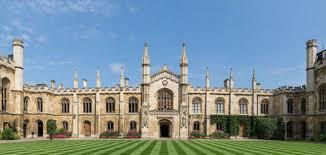 Кембриджский университет решил проводить в следующем году лекции только в онлайн-формате