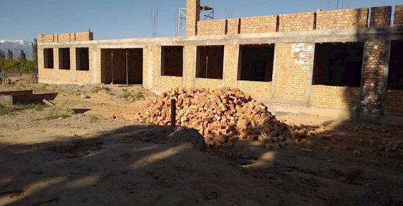 Новая школа строится в селе Туз Кочкорского района