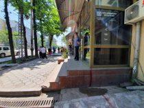 В Бишкеке начали освобождать землю под строительство велодорожек