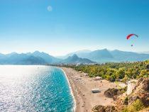Пляжи Турции готовят к приему туристов