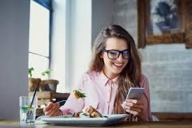 Специалисты назвали вредные пищевые привычки