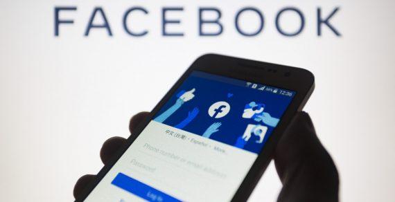 Facebook позволил пользователям скрывать старые публикации