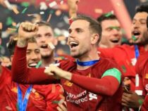«Ливерпуль» впервые за 30 лет стал чемпионом Англии по футболу