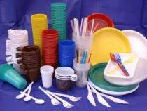 Испания намерена запретить одноразовую пластиковую посуду