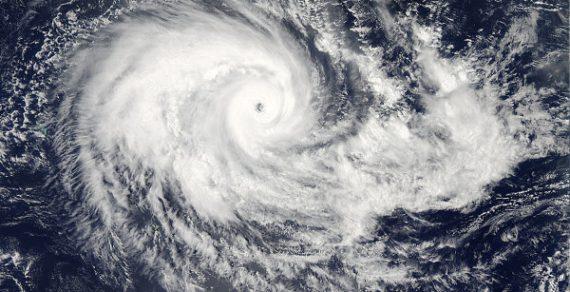 На юг Китая надвигается шторм «Нури»