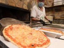 Мужчина девять лет получал пиццу от незнакомца и остался недоволен