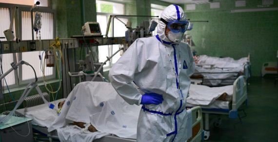 Власти  КР экстренно готовят резерв медиков