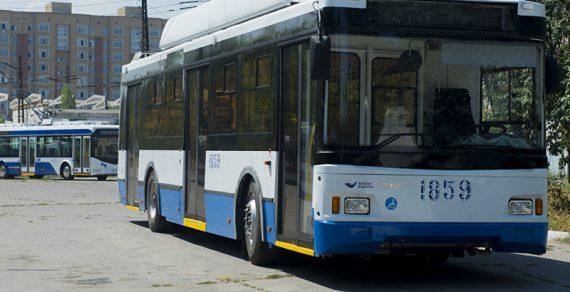 Из троллейбусов в столице высаживают пассажиров без масок