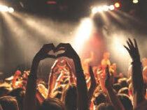Учёные организуют концерт на 4000 человек, чтобы изучить распространение CoViD-19