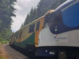 Пассажирские поезда столкнулись в Чехии