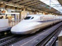 В Японии введен в эксплуатацию первый в мире сейсмостойкий поезд