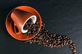 Ученые объяснили, почему кофе может спровоцировать набор лишних килограммов