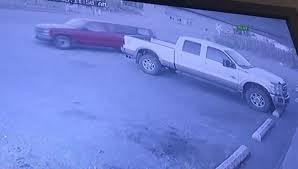 Американец пожаловался в полицию на угон машины во время ограбления