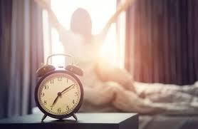 Специалисты назвали пять лучших способов легко просыпаться утром