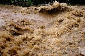 Из-за дождей сели сошли сразу в нескольких областях страны