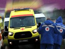 Минздраву Кыргызстана подарили семь машин Скорой помощи