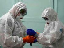 Медики получат награды за вклад в борьбу с коронавирусом