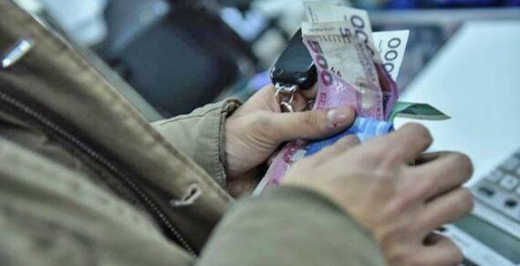С 1 октября в Кыргызстане повысятся пенсии