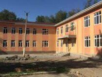 Строительство пристройки к школе №19 в Бишкеке близится к завершению