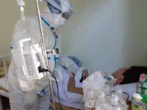 В Баткенскую и Джалал-Абадскую области направят опытных врачей